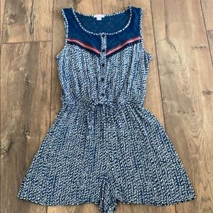Xs Xhilaration blue & white tribal crochet romper